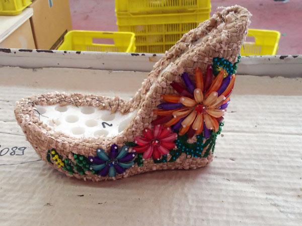 Scarpe-artigianali-eleganti-da-donna-firenze