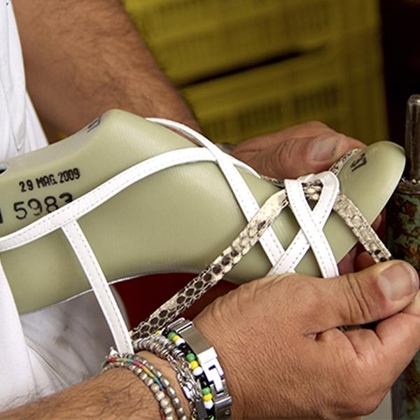 Lavorazione-componenti-scarpe